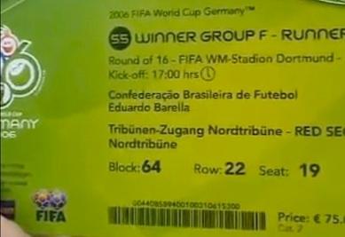 Um dos ingressos vendidos pelo 'cambista-oficial'.