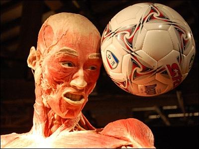 bw_football_400x300.jpg